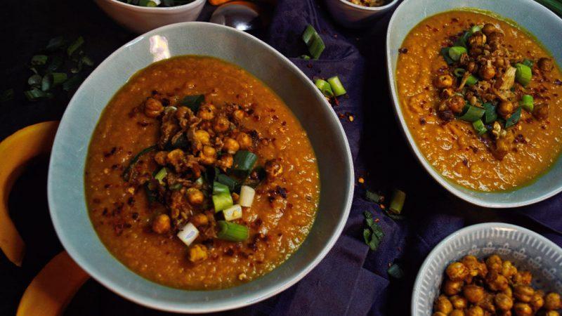Orientalische Kürbis-Kichererbsen-Suppe
