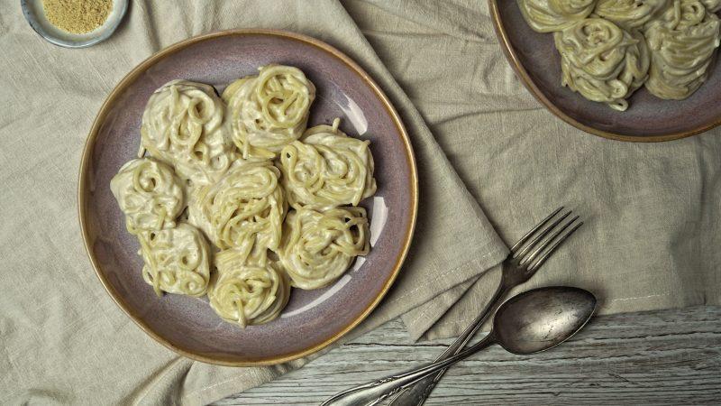 Fettuccine Alfredo | vegan | cremige Pastasoße auf Basis von Blumenkohl & Crème Fraîche
