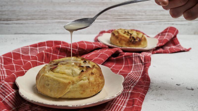 Apfel-Marzipan-Schnecken | Fluffige Hefeschnecken mit fruchtig-süßer Füllung